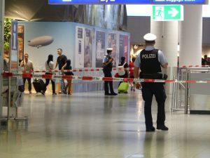 Alerte à la bombe à l'aéroport de Franfort
