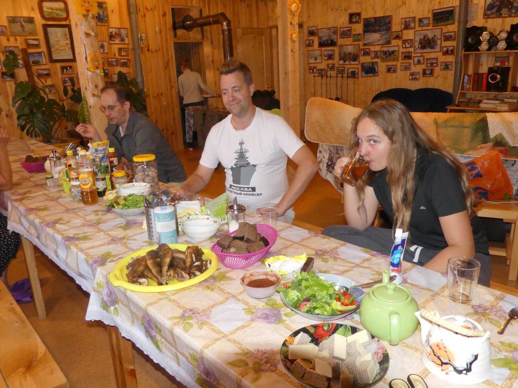 Repas du soir : Eve s'est mise au thé