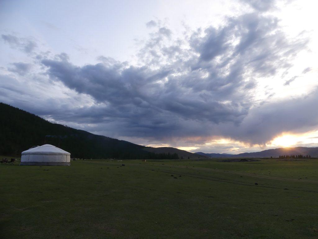 Coucher de soleil en Mongolie
