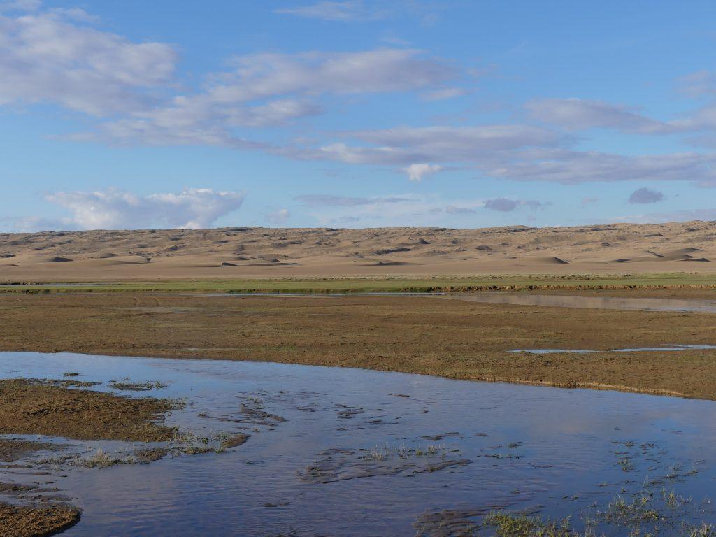 On va dormir ici : dunes, rivière, et personne à 30 km à la ronde