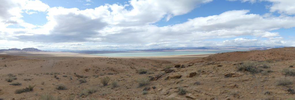 Quel beau lac (à mettre en fond d'écran)