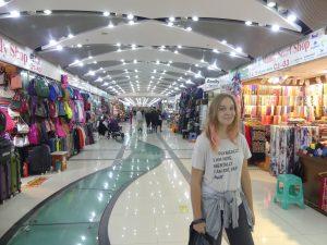 Visite du fake market