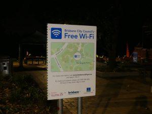 Brisbane : ici le wifi est gratuit, illimité, et si ça ne marche pas bien une hotline gratuite est dispo 24h/24 7j/7