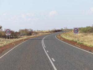sur la route, c'est limité à 130km/h