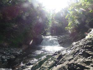 Sliding rocks (papaseea)