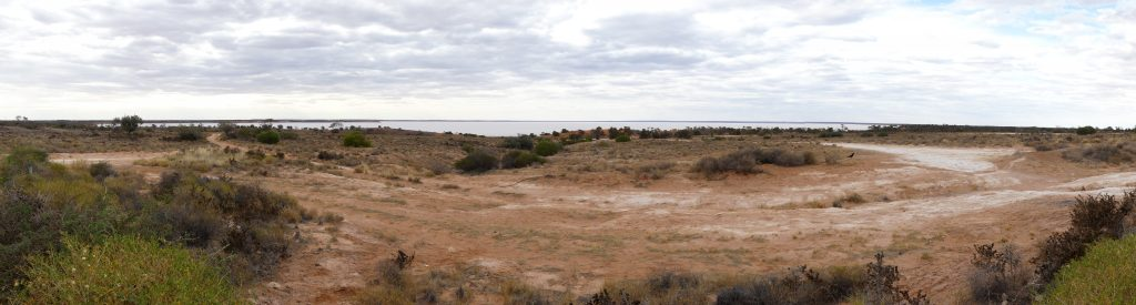 lake Hart, 380km au sud de Coober Pedy (4h environ)