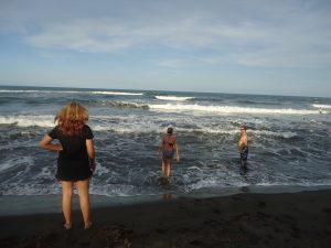 Du coup, on va se baigner dans la mer des Caraïbes