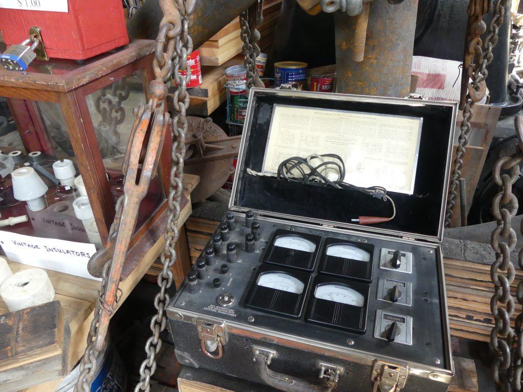 Toutes sortes d'anciens appareils de mesure