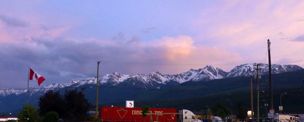 Golden, BC, juste à temps pour le coucher de soleil !