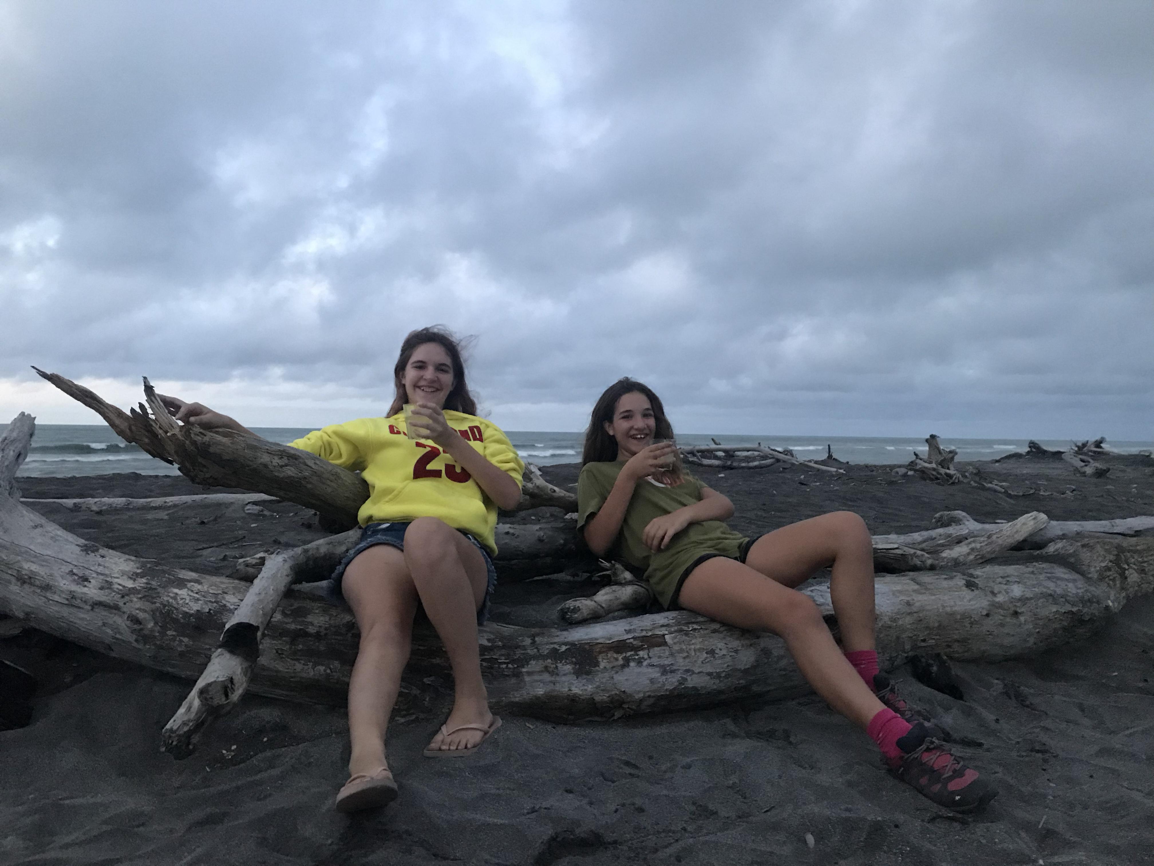 A hokitika on a trouv un endroit absolument magique le - Les bronzes bonsoir nous allons nous coucher ...