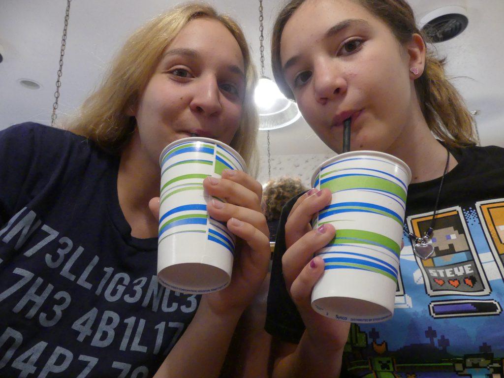 Mmmm ! Milk-shakes !a