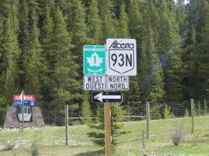 """On passe de la Trans-Canada n°1 à la 93 """"Icefield Parkway"""""""