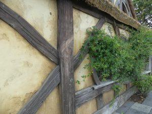 façade d'une maison hobbit