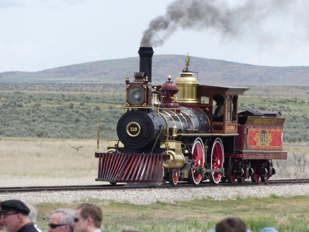 Arrivée de la première locomotive à vapeur