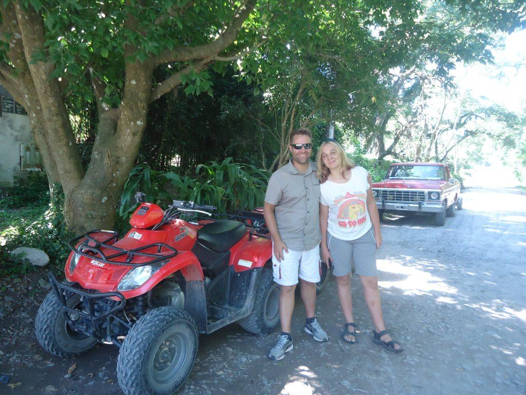 Quad avec Eve en campagne près de Salta