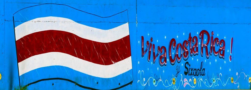 sur les murs, on aime son pays : Viva Costa Rica