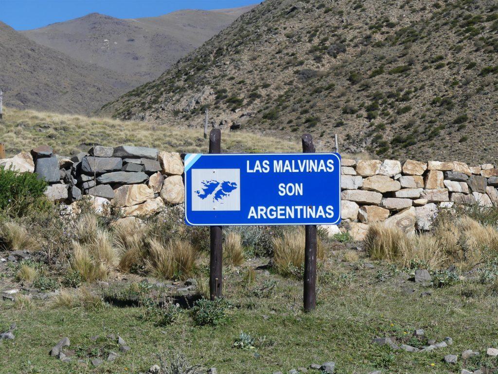 panneau insolite en Argentine