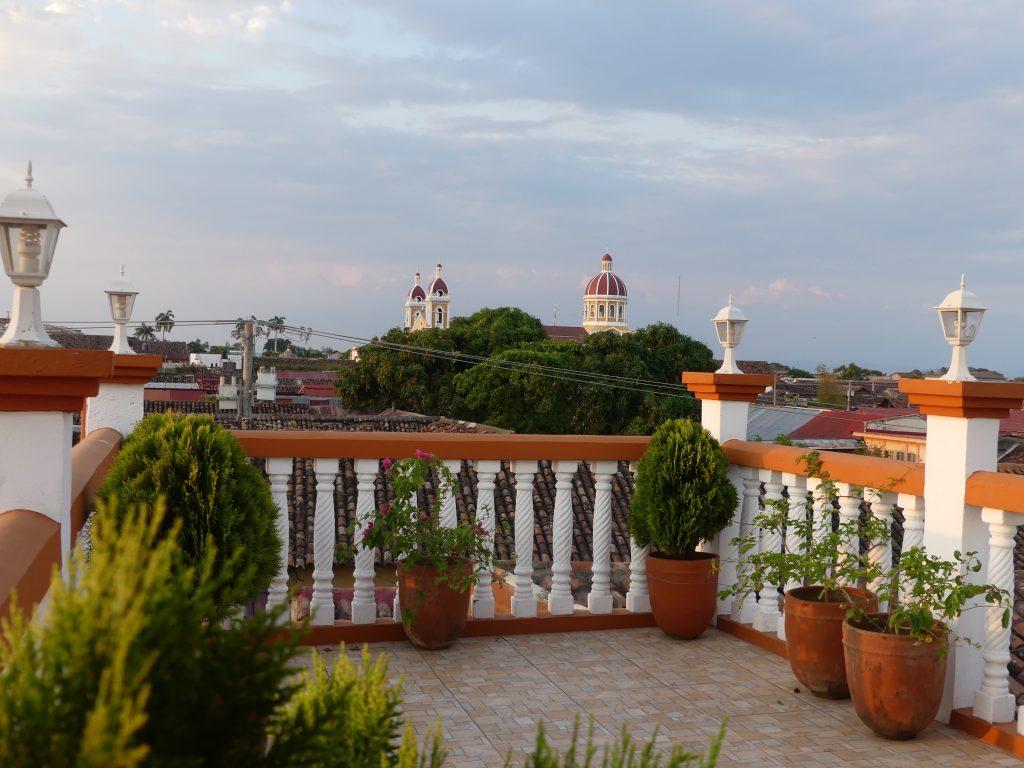 vue sur la ville depuis la terrasse