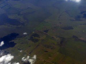 survol de la jungle et des fermes